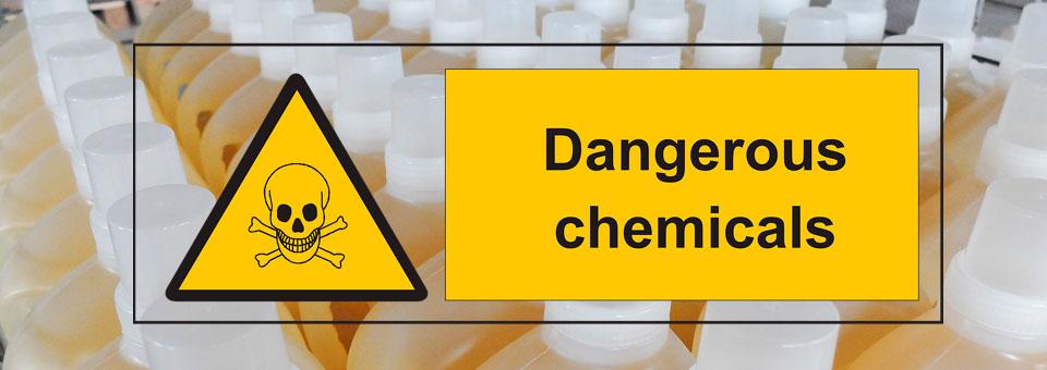 Cuidado con el uso de productos químicos en la limpieza del coche